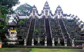 Храм Лухур Лемпуянг: особенности и преимущества