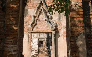 Храм Ват-Махатхат: особенности и преимущества